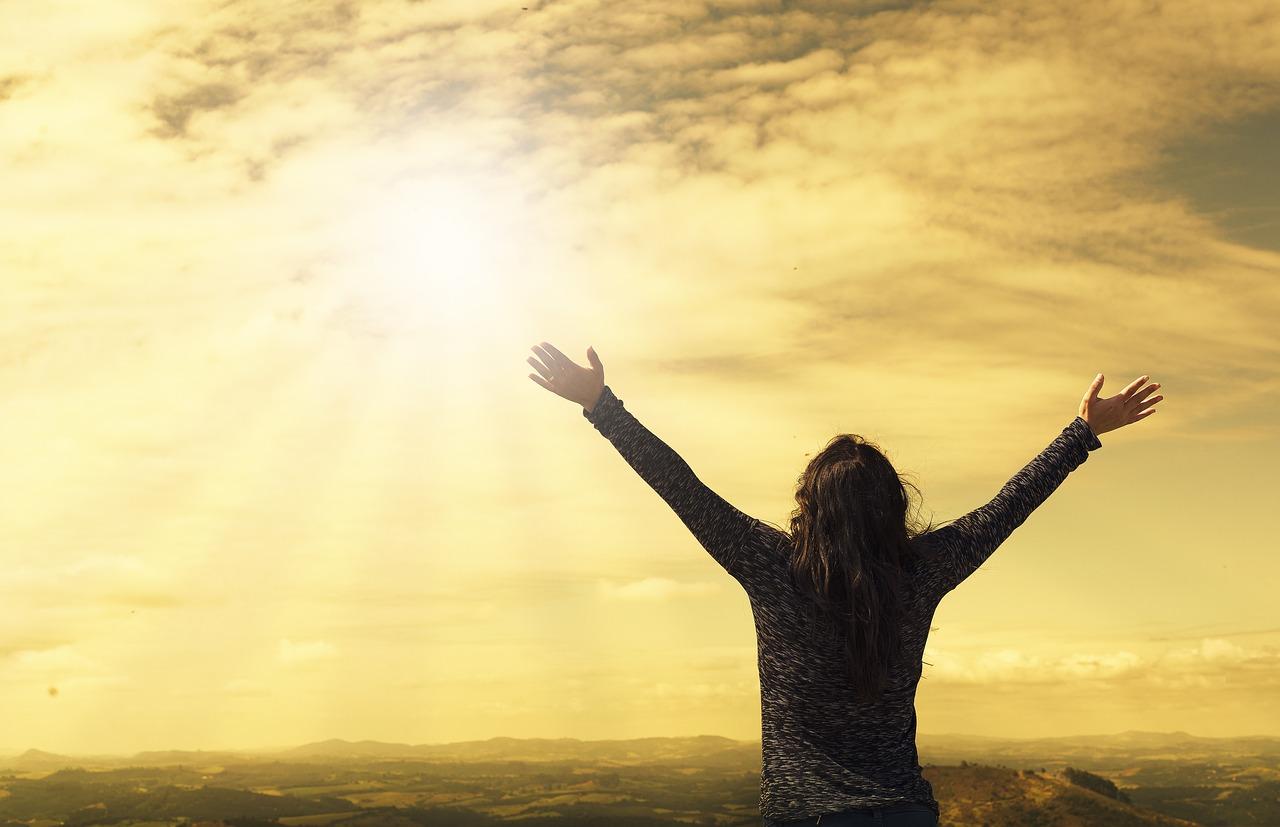 『人生とは、何を得たかではなく、どんな人間になるか、そして何に貢献するかだ。』 アンソニー・ロビンズ(アメリカ/コンサルタント、自己啓発コーチ)