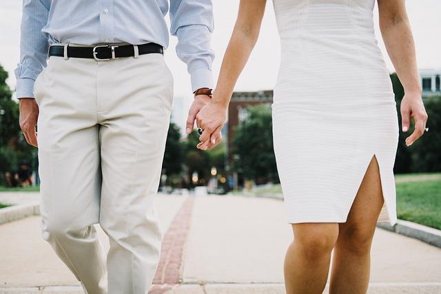 これからの人生に結婚していることは必要か考える