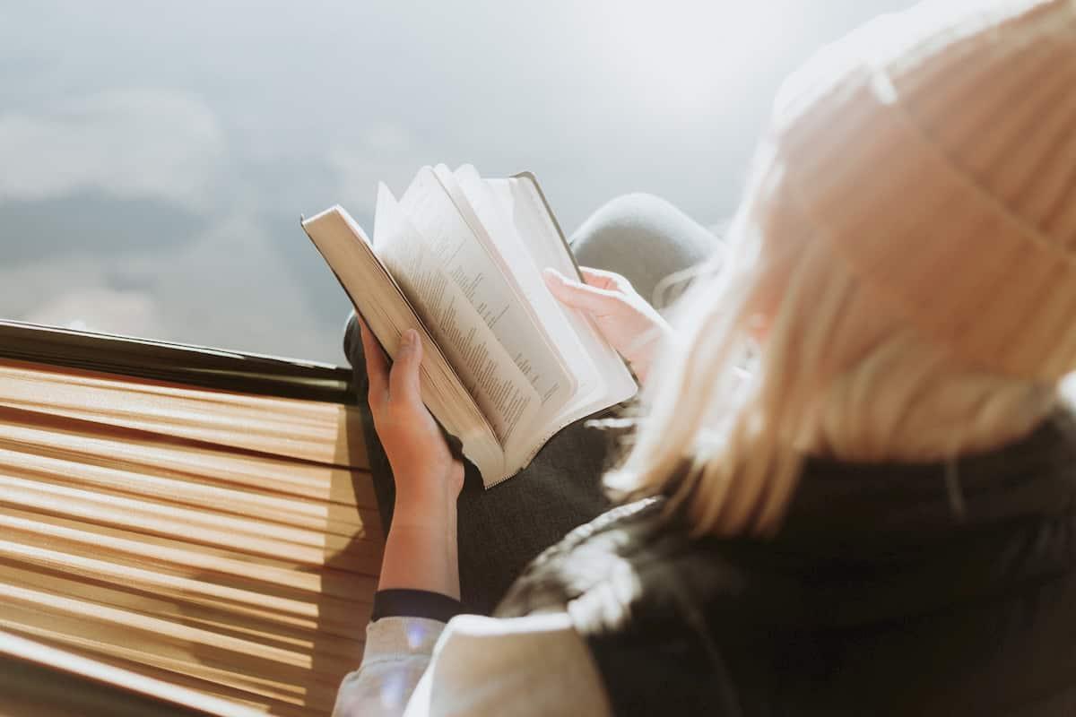 これで読書習慣が定着!本を読む人になれる方法9つ