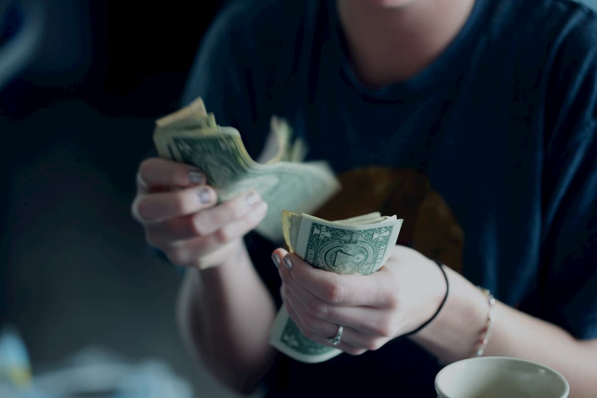 <h3>お金にまつわる不安</h3>