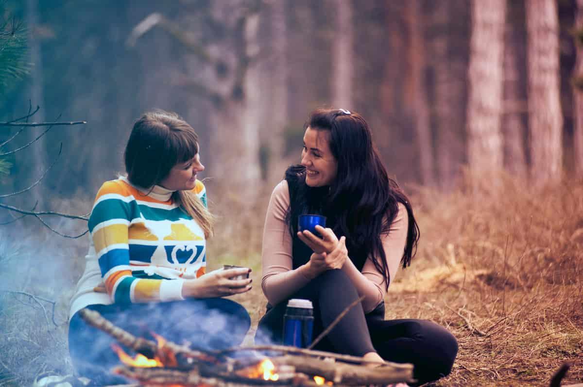 会話が弾む8つの鉄則!人に好かれる話し方とは?
